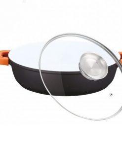 <p><b>Herzog HR-CALC401CR; Aluminium Cocotte en céramique 40 cm 8.5L</b></p><p><b>- </b>Aluminium Cocotte en céramique</p><p>- Longue aluminium solide et durable</p><p>- Couvercle en verre transparent</p><p>- Convient à toutes les sources de cuisine y compris l'induction</p><p>- 40 cm</p><p>- 8.5L</p><div> <img alt='' src='http://www.msy.be/images/Image/Image/Herzog/HR-CALC281CR%20(2).jpg?1510505018066' style='width: 522px; height: 334px;' /></div><div><img alt='' src='http://www.msy.be/images/Image/Image/Herzog/HR-CALC401CR.jpg?1481642851655' style='width: 400px; height: 400px;' /></div>