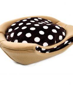 un lit 2 en 1 et une cave pour vos beaux chats. Alliant style et confort